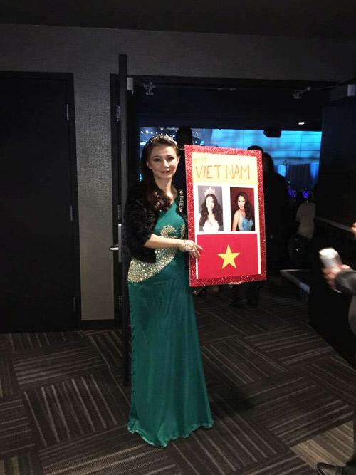 Khán giả Việt bất bình vì Phạm Hương trượt top 15 - 5
