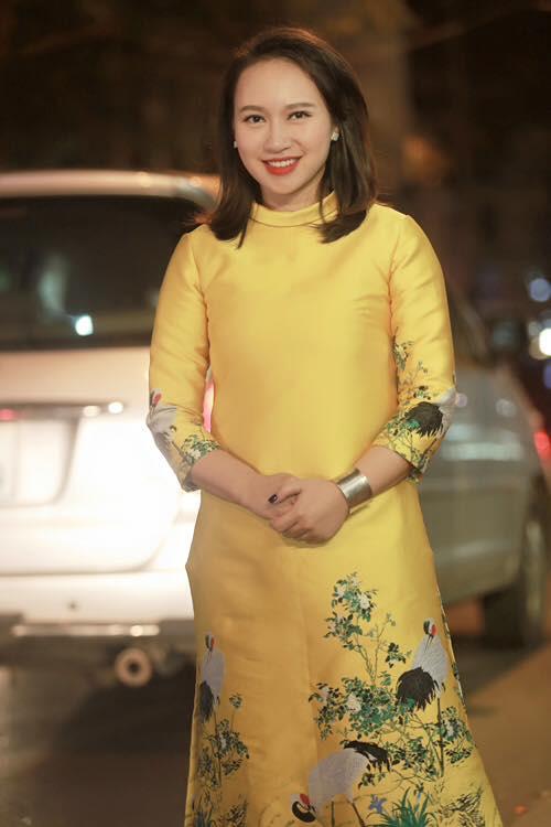 """""""Họa mi"""" Khánh Linh đẹp hơn nhờ 4 tháng không ăn cơm - 2"""