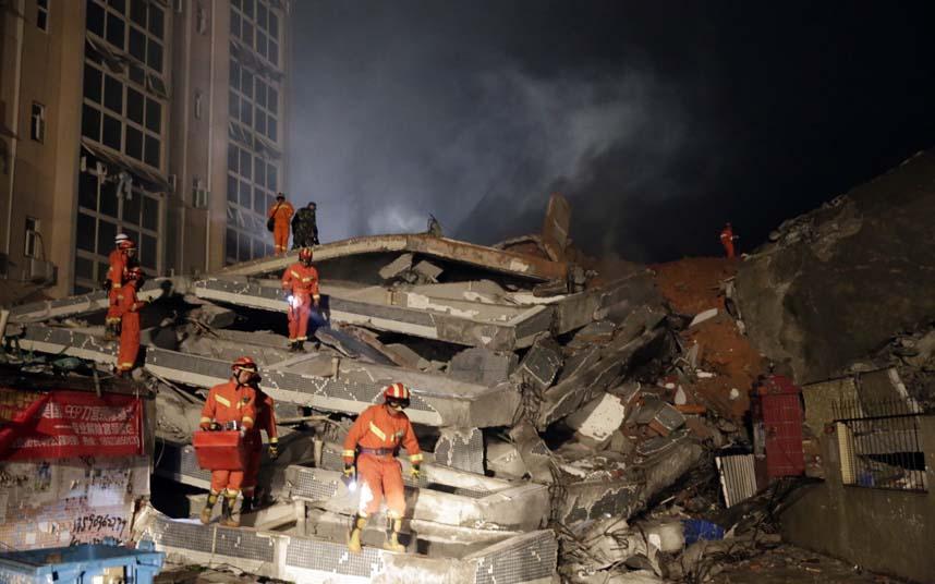 Toàn cảnh vụ sập 33 tòa nhà gần 100 người mất tích ở TQ - 9