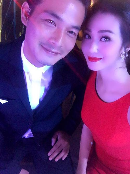 Facebook sao 21/12: Hồ Ngọc Hà an ủi Phạm Hương - 6