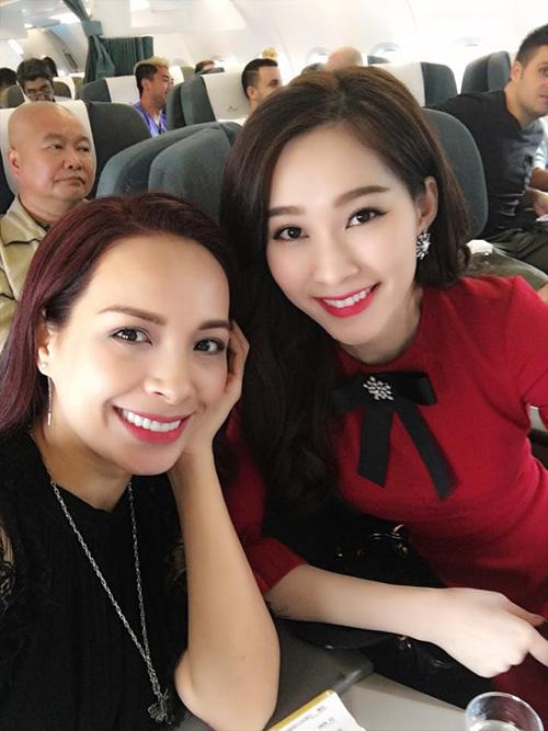 Facebook sao 21/12: Hồ Ngọc Hà an ủi Phạm Hương - 11