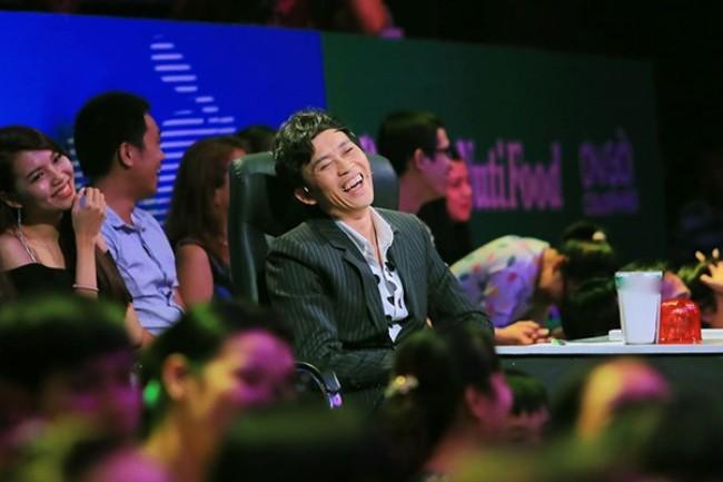 Vẻ ngoài bình dân của Hoài Linh khiến fan yêu mến - 8