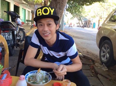 Vẻ ngoài bình dân của Hoài Linh khiến fan yêu mến - 9