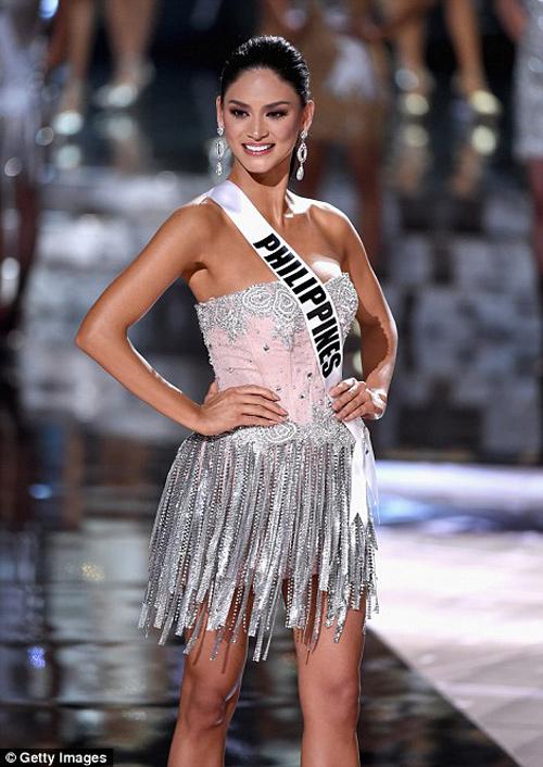 11 khoảnh khắc đẹp của tân Hoa hậu Hoàn vũ ở chung kết - 1