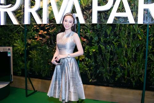 Angela Phương Trinh xinh như công chúa ở tuổi 20 - 1
