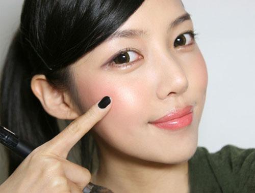 15 bí quyết giúp chị em hấp dẫn hơn trong mắt chàng - 8
