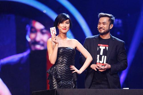 Hương Giang Idol cầu hôn khiến Trấn Thành bối rối - 5