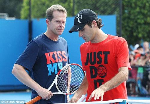 Tennis 24/7: Federer vẫn nặng tình với thầy cũ - 1