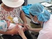 """Sức khỏe đời sống - Người dân không nên tự tiêm vắc-xin """"xách tay"""""""