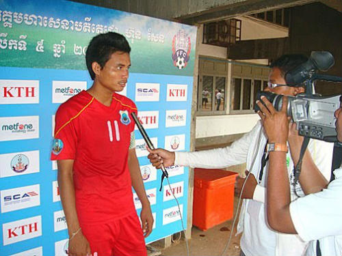 Việt Nam áp đảo top 5 chân sút tốt nhất Đông Nam Á 2015 - 3