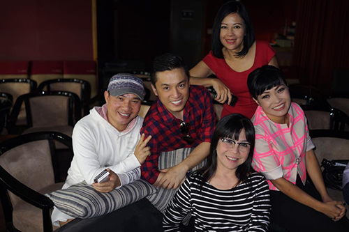 Facebook sao 22/12: Vân Trang khoe nhẫn kim cương 'khủng' - 7