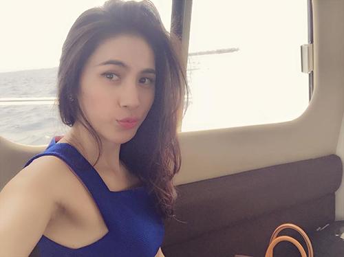 Facebook sao 22/12: Vân Trang khoe nhẫn kim cương 'khủng' - 10
