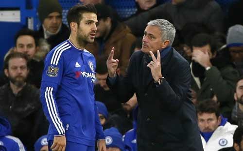 Fabregas sẽ đưa kẻ tố mình phản bội Mourinho ra tòa - 1