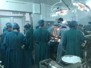 Sức khỏe đời sống - Phía sau ca phẫu thuật cắt bỏ khối u khủng trên mặt