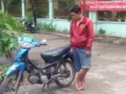 Tin pháp luật - Cô gái 18 tuổi đuổi, lao xe vào tên cướp điện thoại