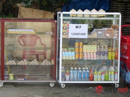 Đà Nẵng: Showroom cấm cửa khách Việt, chỉ đón khách TQ - 11