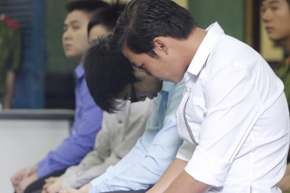 Trả hồ sơ vụ CSGT gọi côn đồ đánh chết người - 1
