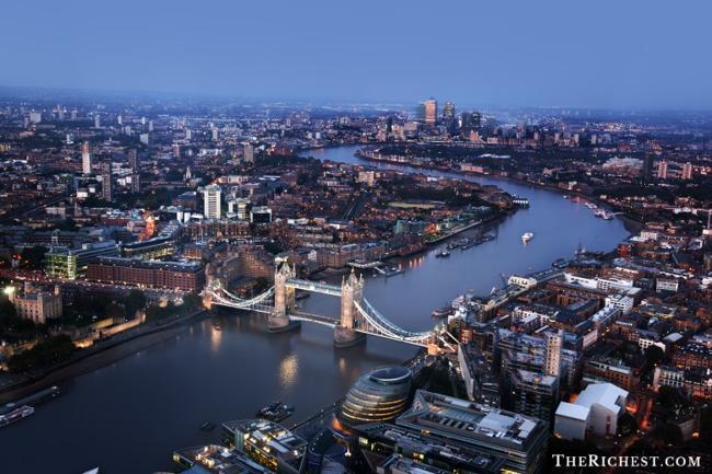 Top 10 thành phố tiệc tùng sôi động nhất châu Âu - 10