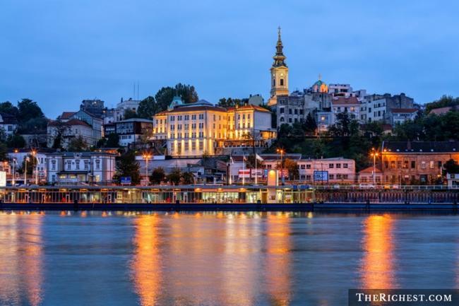 Top 10 thành phố tiệc tùng sôi động nhất châu Âu - 6