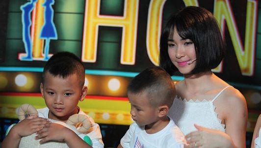 Học trò của Hòa Minzy lập kỷ lục Việt Nam