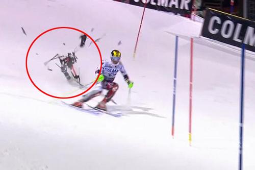 """Nhà vô địch trượt tuyết gặp họa """"trên trời rơi xuống"""" - 1"""