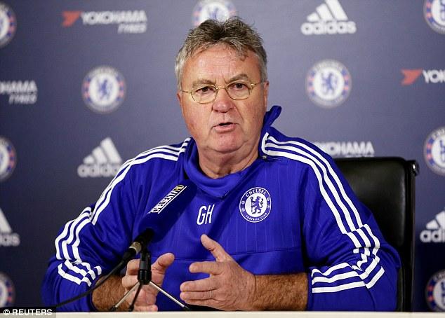 """HLV Hiddink tâm sự việc làm """"lính cứu hỏa"""" ở Chelsea - 8"""