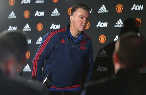 Nếu Mourinho đến MU, Chelsea vẫn phải trả lương - 2
