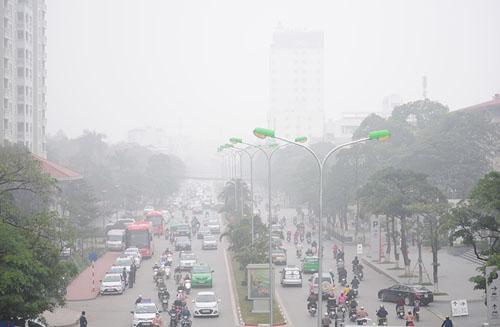 Ảnh: Sương mù dày đặc bao phủ Hà Nội - 18