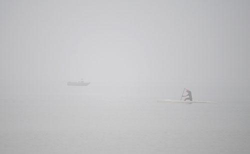 Ảnh: Sương mù dày đặc bao phủ Hà Nội - 20