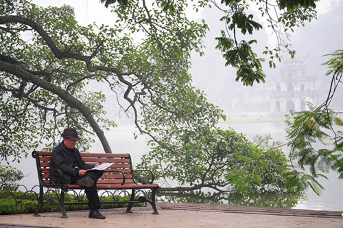 Ảnh: Sương mù dày đặc bao phủ Hà Nội - 22