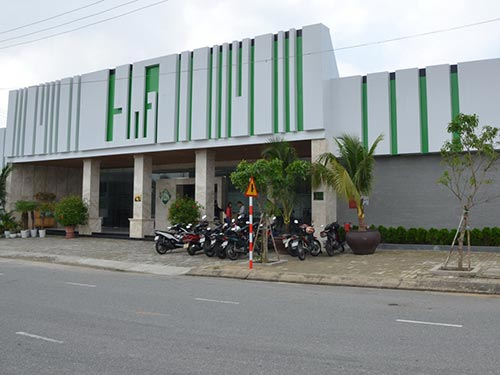 Cửa hàng Việt chê... khách Việt! - 1