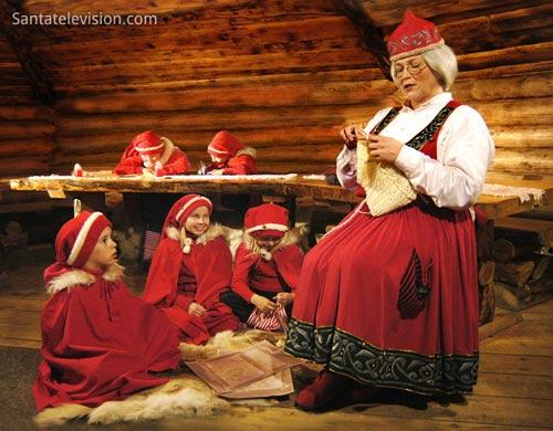 Vợ của Ông già Noel là ai? - 1