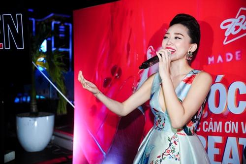 Tóc Tiên gợi cảm ra mắt MV 'ăn chơi' - 5