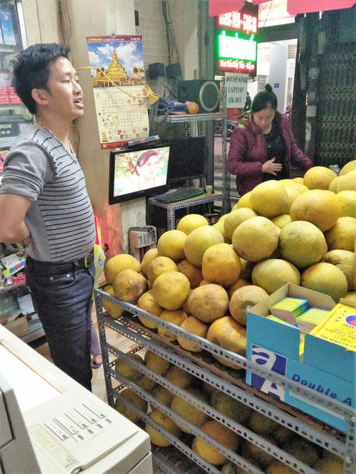 """Cam Canh, bưởi Diễn """"mượn danh"""" bán nhan nhản - 3"""