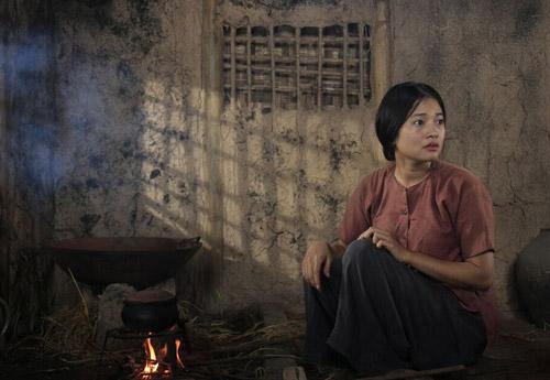 Ngắm người phụ nữ khổ nhất màn ảnh Việt 2015 - 2