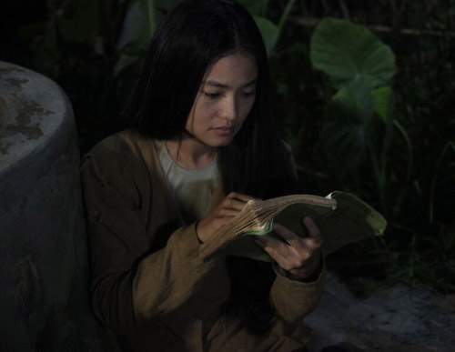 Ngắm người phụ nữ khổ nhất màn ảnh Việt 2015 - 11