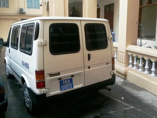 Xe biển xanh đón con bạc đứng tên Cục Thuế Hải Phòng - 1