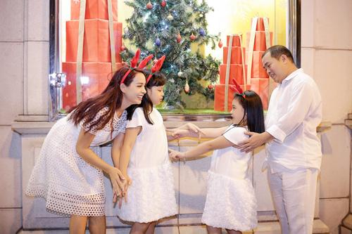 Gia đình Thúy Hạnh đón Giáng sinh ở 'xứ nóng' - 5