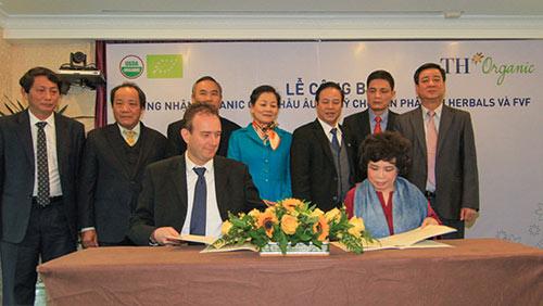 TH true MILK: sữa hữu cơ Việt kiêu hãnh trên kệ hàng quốc tế - 2
