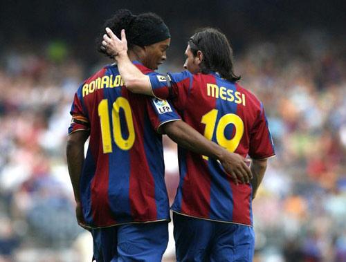 Messi tiết lộ chuyện kế thừa số 10 từ Ronaldinho - 2