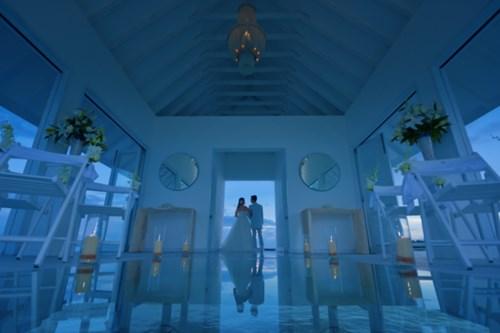 """""""Phát sốt"""" với thánh đường hôn lễ giữa biển đẹp như mơ - 8"""