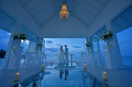 """""""Phát sốt"""" với thánh đường hôn lễ giữa biển đẹp như mơ - 7"""