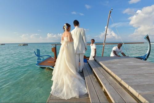 """""""Phát sốt"""" với thánh đường hôn lễ giữa biển đẹp như mơ - 2"""