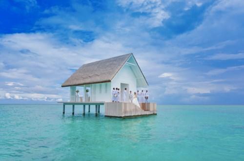 """""""Phát sốt"""" với thánh đường hôn lễ giữa biển đẹp như mơ - 9"""