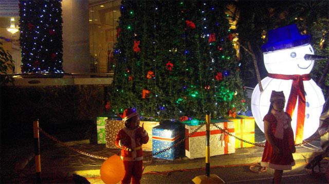Mùa Noel trên phố biển Nha Trang - 9