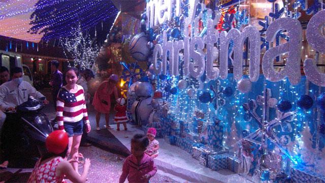 Mùa Noel trên phố biển Nha Trang - 8
