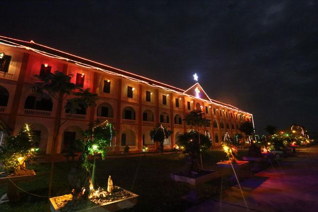 """Đêm Giáng sinh đặc biệt ở """"kinh đô Công giáo"""" Việt Nam - 14"""