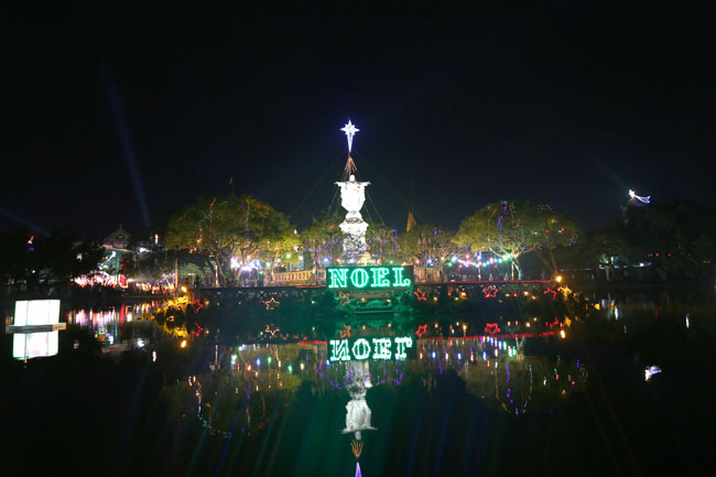 """Đêm Giáng sinh đặc biệt ở """"kinh đô Công giáo"""" Việt Nam - 4"""