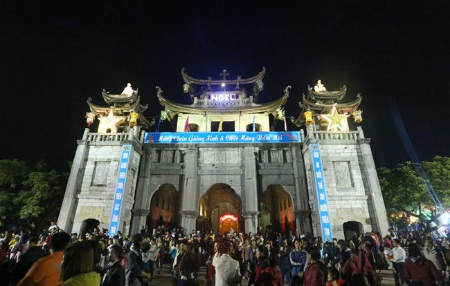 """Đêm Giáng sinh đặc biệt ở """"kinh đô Công giáo"""" Việt Nam - 5"""