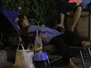 Tin tức Việt Nam - Cảm động cụ già nhặt ve chai nhường cơm cho người nghèo